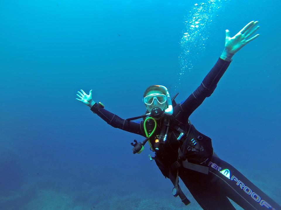 scuba diver 3